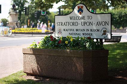 Group - Stratford-upon-Avon in Bloom - Image 3